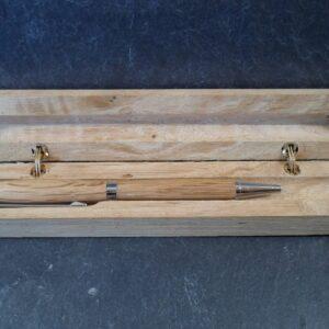 stylo bille en bois tourné